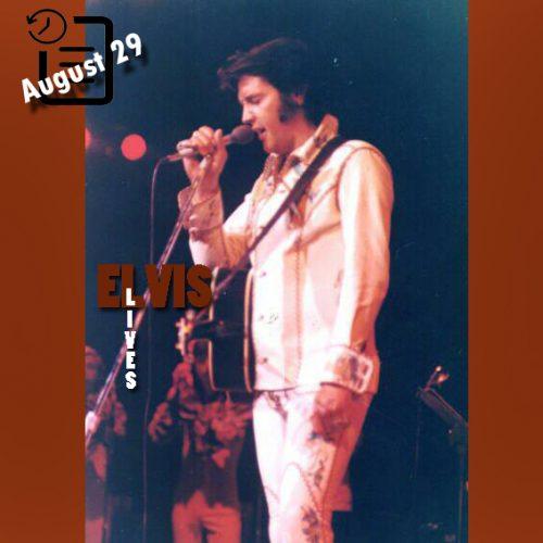 الویس در اجرای لاس و گاس چنین روزی 29 آگوست 1974