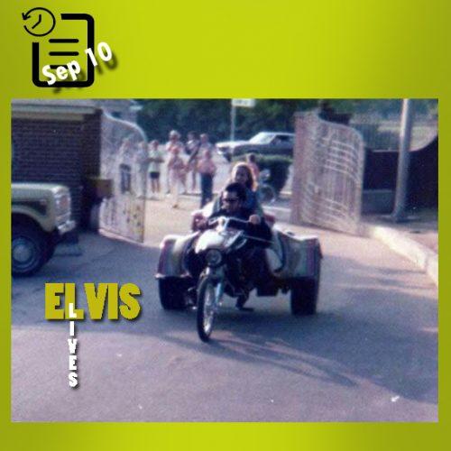الویس با موتورسیکلت های 3 چرخه خود در گریسلند چنین روزی 10 سپتامبر 1975
