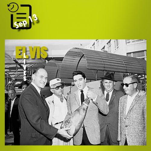 الویس در حال تقدیم گوشت ران خوک تنسی را به فرماندار واشنگتن و رئیس نمایشگاه جهانی چنین روزی 13 سپتامبر 1962