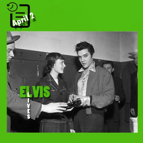 الویس در پشت صحنه Maple Leaf Gardens شهر تورنتو، کانادا چنین روزی 2 آوریل 1957