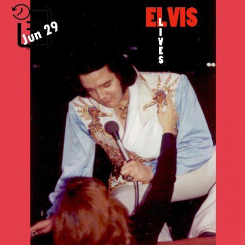 الویس در سالن بزرگ، ریچموند، ویرجینیا چنین روزی 29 ژوئن 1976